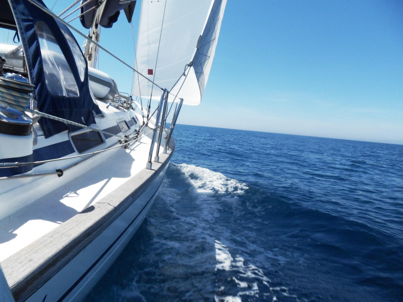 In barca in un mare da sogno