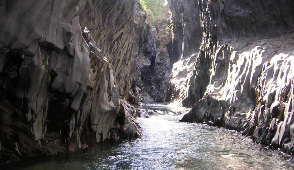 Gole dell'Alcantara escursioni: 8 cose da fare alle Gole dell'Alcantara