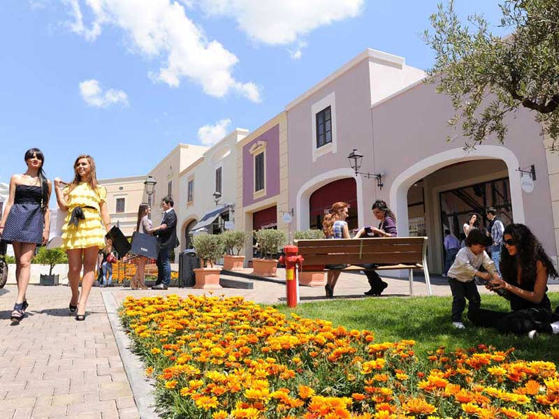 cosa fare ad enna: Sicilia outlet village
