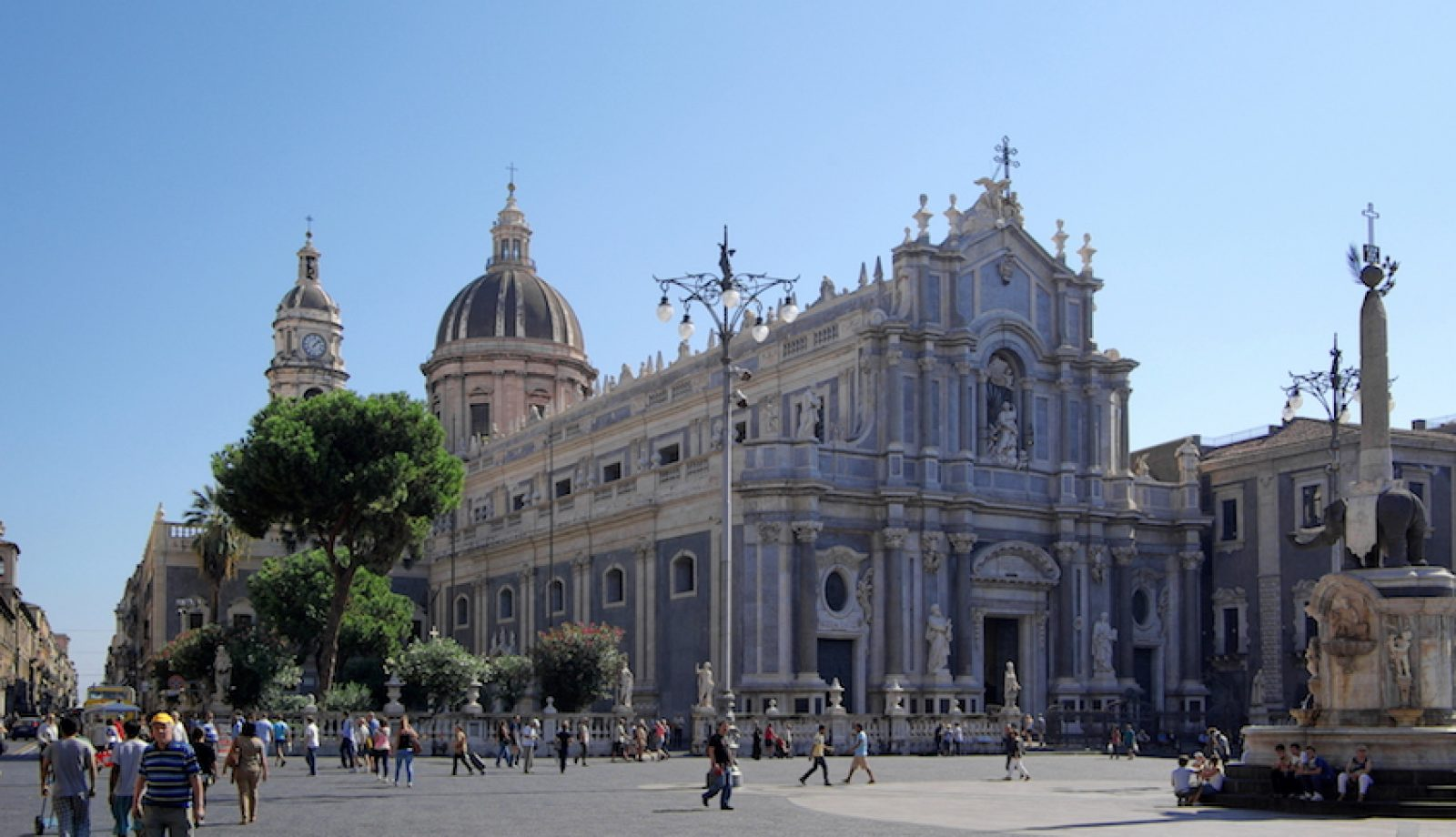 Come muoversi a Catania: consigli per esplorare Catania e dintorni