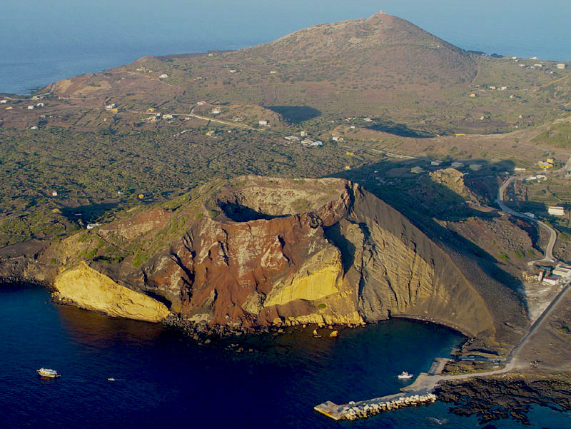 Isole siciliane: Linosa dall'alto