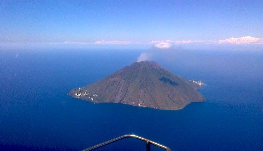 elicottero etna-elicottero eolie-isole eolie tour