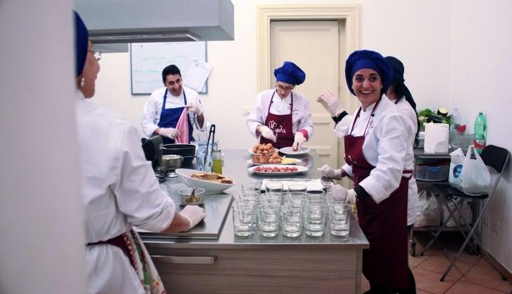 Corso di cucina siciliana catania un 39 idea regalo unica - Corsi di cucina catania ...