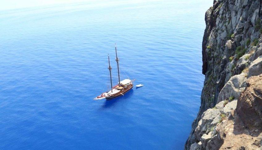 Caicco Eolie - Vacanze In Barca A Vela Eolie