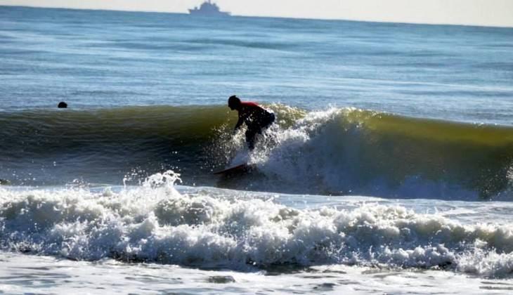 Surf in sicilia catania noleggio attrezzatura completa - Tavola da surf a motore ...