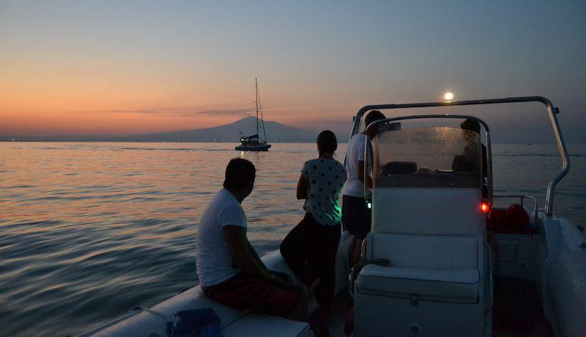 Escursioni in barca Acitrezza  - acitrezza giro in barca