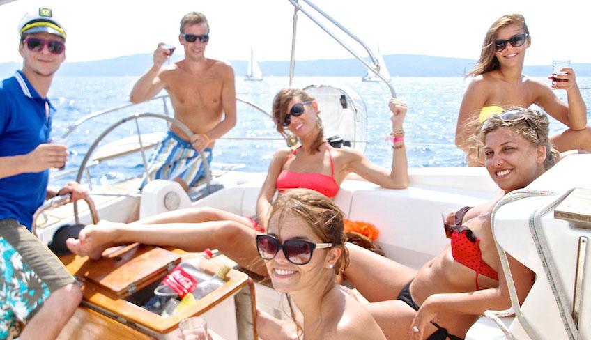 settimana in barca eolie vacanze in barca a vela eolie barca a vela isole eolie