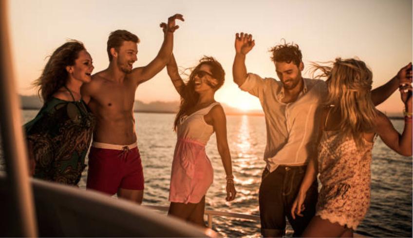 Vacanze alle Isole Eolie-Eolie in barca-Noleggio yacht Eolie
